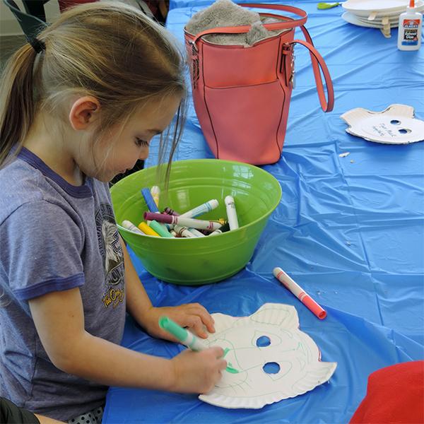 Kids Crafts @ National Eagle Center